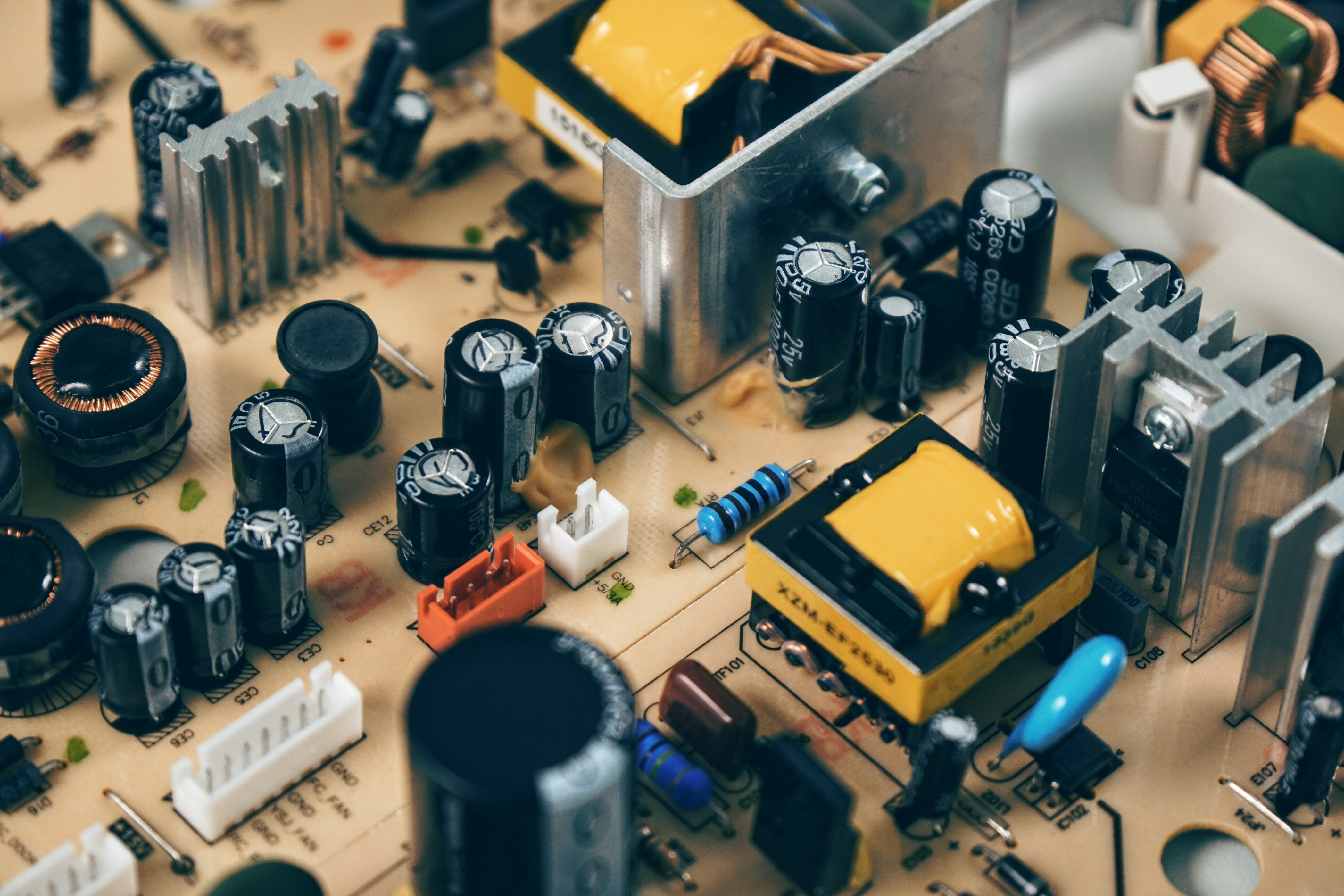 Check These 7 Points for Selecting a PCB Manufacturer